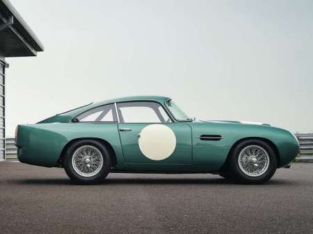 new-aston-martin-car